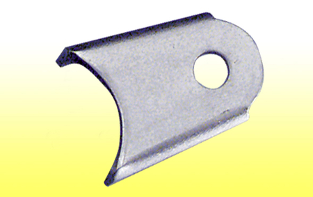 "Gusseted Chassis Bracket - 1/8"" MS, 1/2"" hole"